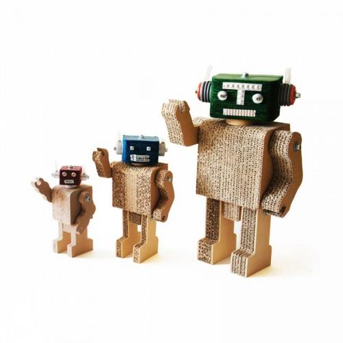Les robots Tito, Tin et Tote ©RIKA
