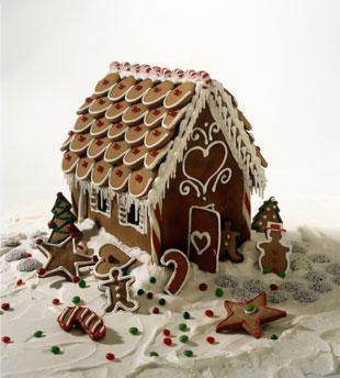 mini-ginngerbread house