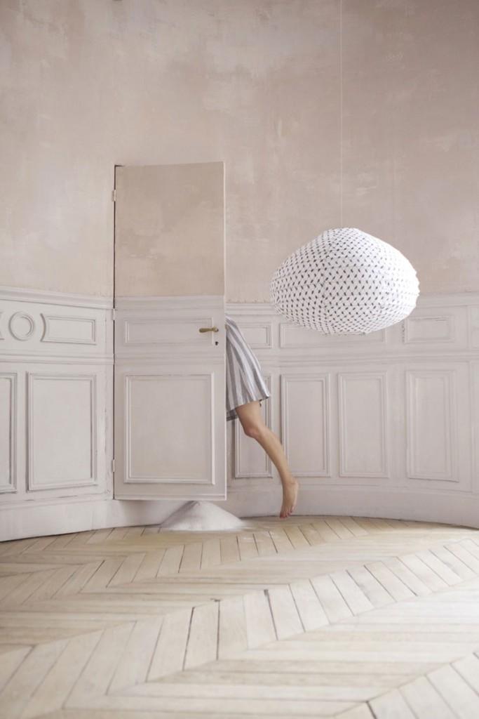 Keffieh ©Paris au mois d'Août - Photo : Maia Flore | Stylisme : Elodie Rambaud
