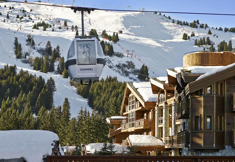 L'Apogée offre une vue inégalable sur les pistes au coeur du Jardin Alpin.