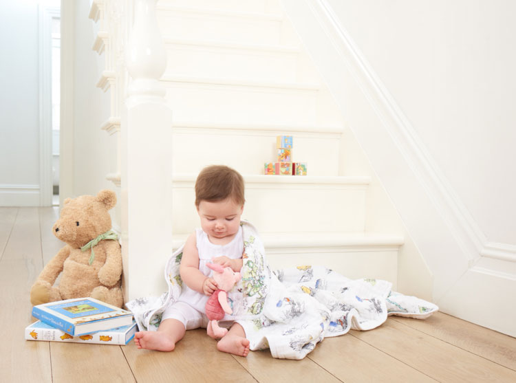 Aden+Anais-classic-dream-blanket-winnie-lifestyle
